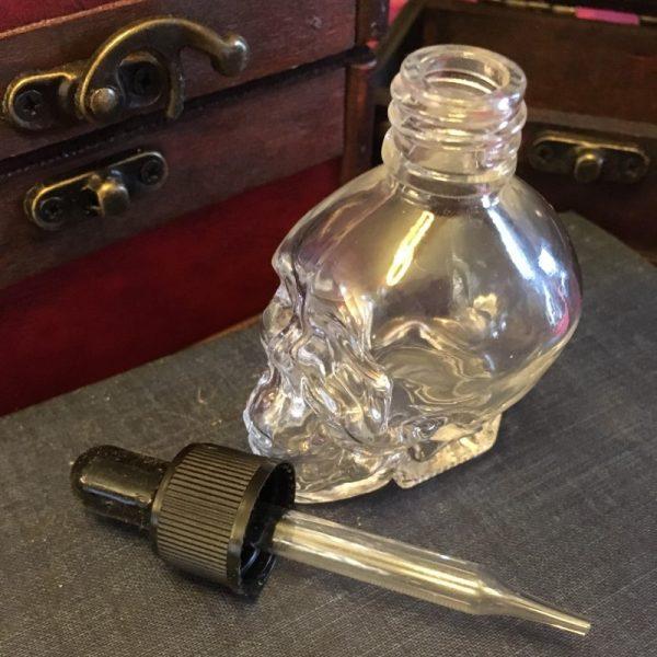 Skull bottle open
