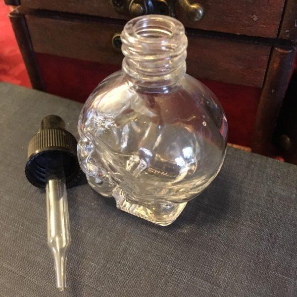 Skull bottle side