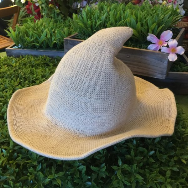 Sorcerous Cream Hat