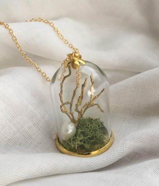 'light of laurelin' necklace