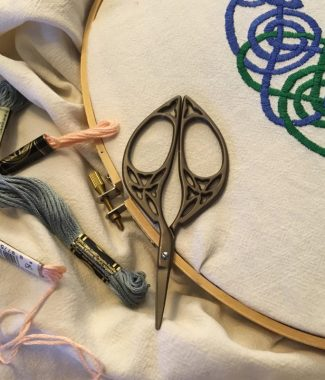 Celtic Oval Scissors