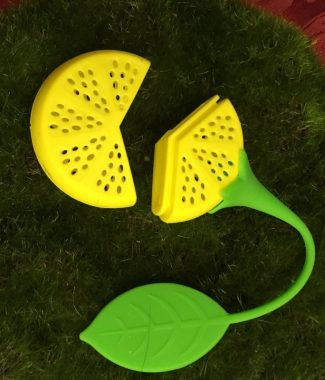 Lemon Tea Infuser Open